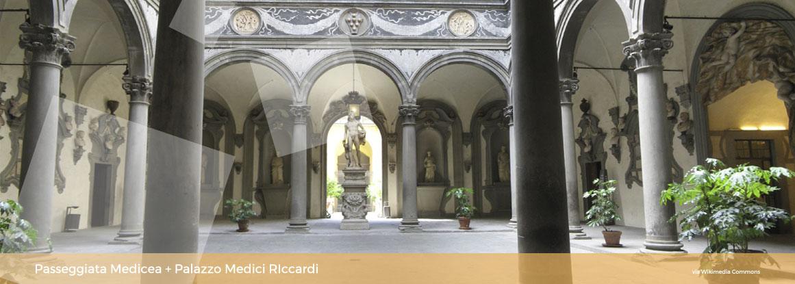 Passeggiata Medicea con museo: Palazzo MediciRiccardi